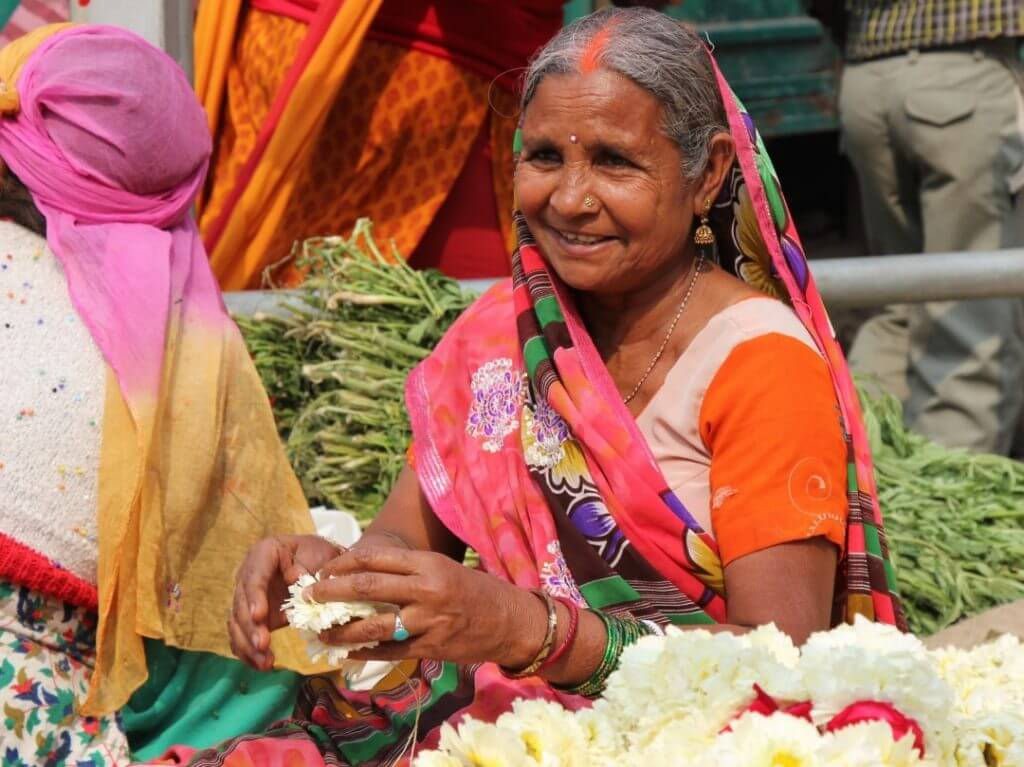 flower vendor old Delhi India Carol Ketelson Delectable Destinations Culinary Tours