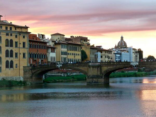sunset-over-the-arno-river-in-florence-italy-carol-ketelson-delectable-destinations-2