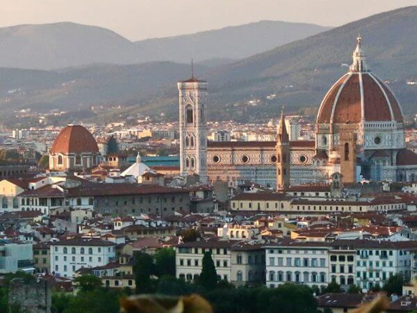 a-view-of-florence-italy-at-sunset-carol-ketelson-delectable-destinations-mailchimp