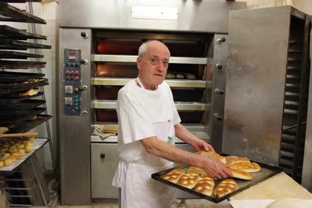 Baker in Florence - Tuscany Culinary Adventure Lifetime - Delectable Destinations Culinary Tours - Carol Ketelson