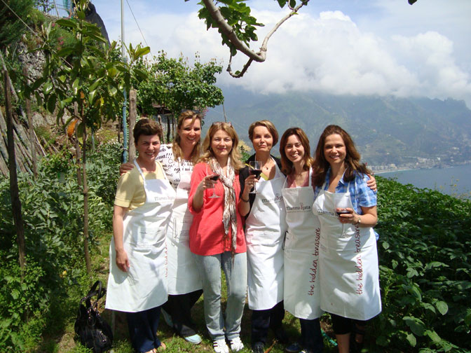 Friends, food, wine, scenery and fun at Mamma Agata's - Ultimate Girl's Getaway Culinary Tours - Delectable Destinations - Carol Ketelson