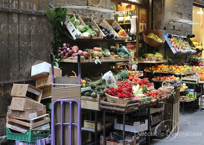 Outdoor Market in Florence - Tuscany Food Styling Photography - Delectable Destinations -Carol Ketelson